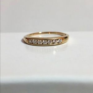 Jewelry - 10k YG Genuine .25+ctw diamond band ring